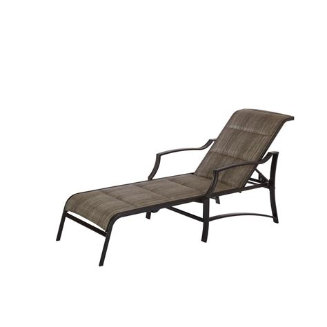 chaise lune hton bay middletown patio chaise lounge with chili