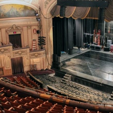 reimagining  merriam shape  future   historic philly theater broad street review