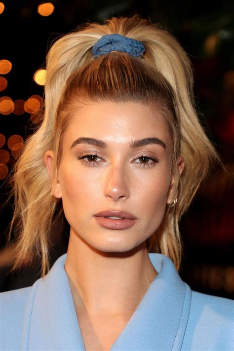 foto de 17 Best 90s Hairstyle Ideas to Copy 1990s Celebrity Haircuts