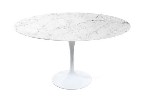 Eero Saarinen Tisch by Tulip Table Replica Eero Saarinen Furnishplus