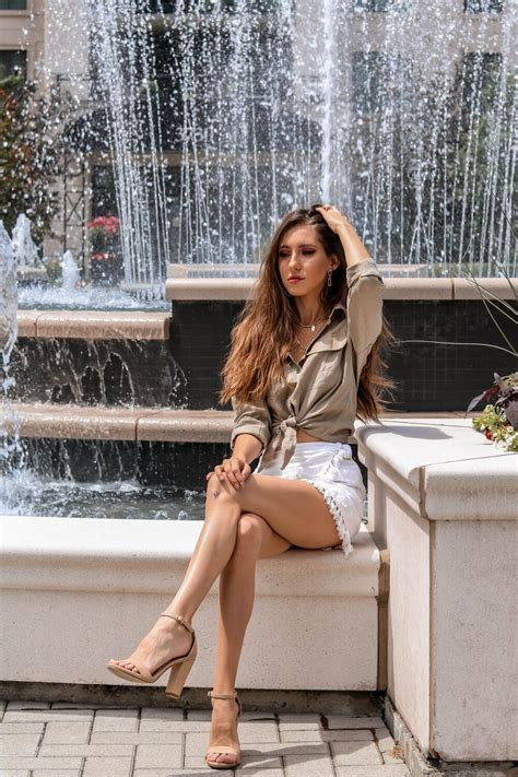 WAYS TO STYLE A LINEN SHIRT WITH CAMIXA The Hungarian