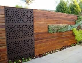 zaun design sichtschutz zaun oder gartenmauer 102 ideen für gartengestaltung