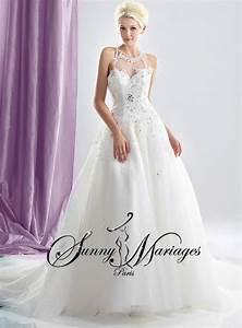 Robe Mariage Dentelle : robe de mariage avec manches et bustier dentelle et strass ~ Mglfilm.com Idées de Décoration