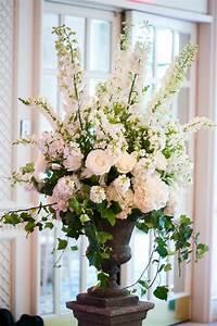 De 25+ bedste idéer inden for Altar flowers på Pinterest