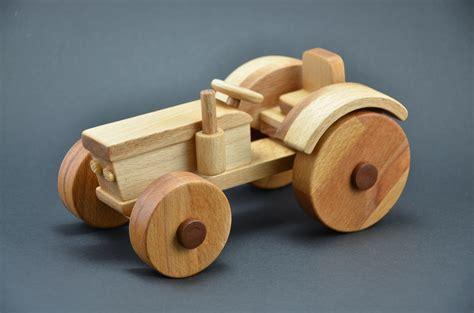 spielzeug selber bauen holz holztraktor bauanleitung zum selber bauen heimwerker forum holzspielzeug