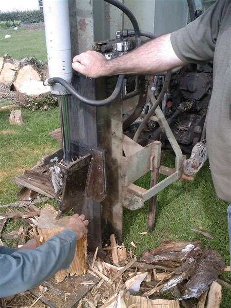 fendeuse a bois manuelle file fendeuse 224 bois de fabrication artisanale jpg wikimedia commons