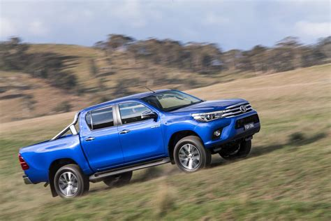 2018 Toyota Hilux Debuts With New 177hp Diesel 33 Photos