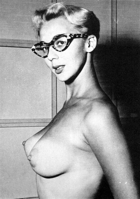 Famous Nude Pin Up Girls Vintage Pin Up Nude A Fine Pair Of Glasses Nerdpron World