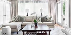 Sofa Kleines Wohnzimmer : kleines wohnzimmer einrichten l f rmiges sofa und kafeetisch aus holz freshouse living ideas ~ Markanthonyermac.com Haus und Dekorationen