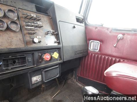 kenworth body parts used 1990 kenworth sleeper cab body for sale in pa 25386