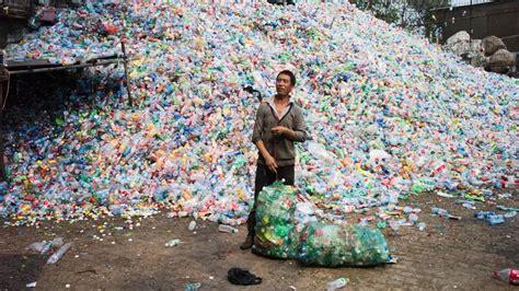 los plasticos se acumulan en todo el mundo desde  china