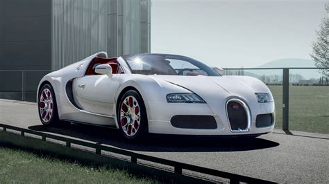 Bugatti owes its distinctive character to a family of artists and engineers, and has always strived to offer the extraordinary, the unrivalled, the best. Bugatti Veyron Grand Sport Wei Long 2012 Edition Debuts In Beijing