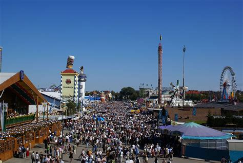 Locally, it is called d'wiesn, after the colloquial name for the fairgr. stellplatz-oktoberfest-bayern-muenchen - CAMPLIB