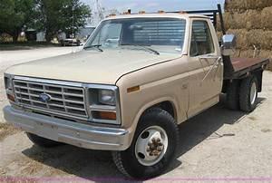 1985 Ford F350 Pickup Truck