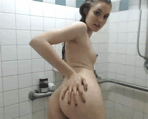 Youthful Amateur Show Campus The Bathroom