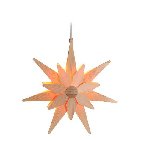 holzsterne zum aufhängen weihnachtssterne aus holz weihnachtssterne basteln kreatives deko f r das sch nste
