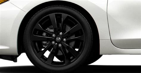 nissan altima 2017 black rims difference between the 2017 nissan altima sr and the sr