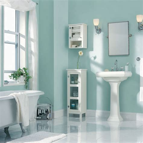7 Tips To Make A Small Bathrooms Look Bigger Slide 6