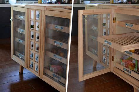 cuisine en hetre massif fabrication d 39 un meuble de cuisine multi fonctions en bois