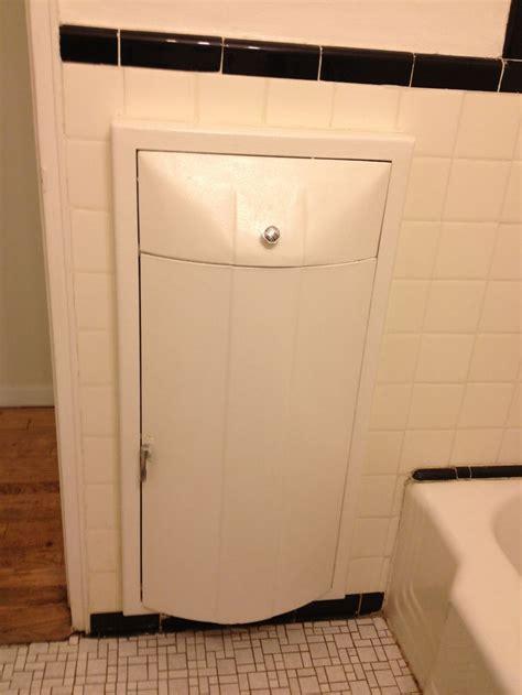 Master Bathroom  Built In Hamper  Rooms With Baths