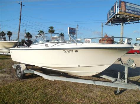 Boat Dealers Kemah Texas by Runabout Boats For Sale In Kemah Texas