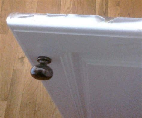 mobile home kitchen cabinets peeling how to repair and paint mobile home cabinets the right way