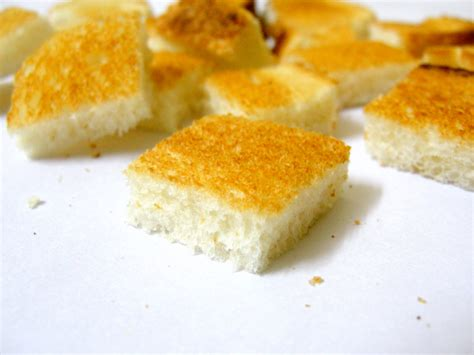 how to make bread cubes for how to make bread cubes for 28 images homemade bread cubes and bread crumbs for stuffing