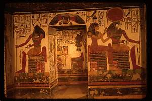 fashion inn 4us: A BRIEF HISTORY OF ANCIENT EGYPTIAN TOMBS.