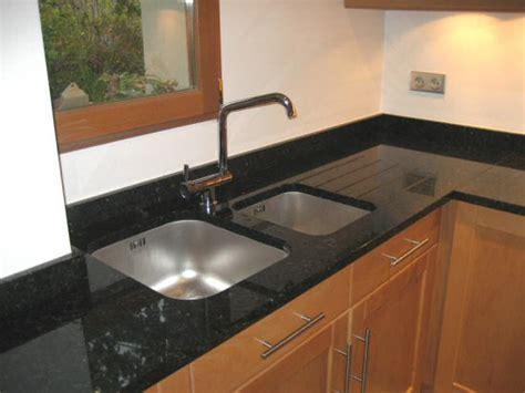 plan de travail cuisine en granit plan de travail granit sur mesure en cuisine et salle de