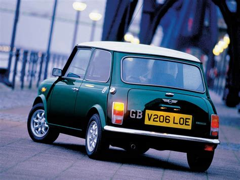 Mini Cooper Car by Wallpapers Mini Cooper Classic Car Wallpapers