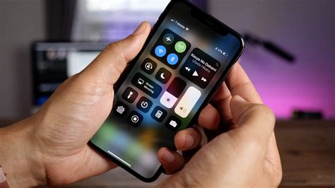 use iphone as how to navigate the home button less iphone x using