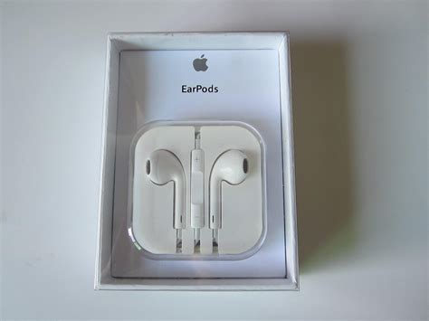 real iphone headphones identify the original and apple earpods differences