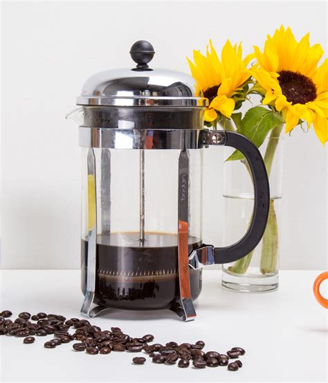 12 grams of ground coffee per mug (2 tablespoons). The Perfect French Press Coffee: 9 Simple Steps