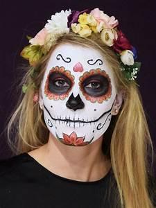 Gruselige Hexe Schminken : totenmaske schminken step by step anleitung halloween pinterest mexikanische totenmaske ~ Frokenaadalensverden.com Haus und Dekorationen