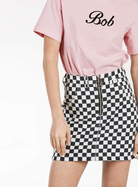 unif apex skirt  images checkered skirt outfit