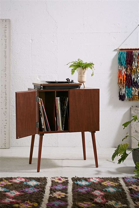 simple  classy ways  store  vinyl record collection