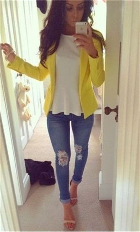 Yellow Outfit Ideas For Summer 2018  Fashiongumcom. Kitchen Garden Ideas In India. Christmas Ideas Pinterest 2013. Easter Ideas To Decorate. Ugly Apartment Kitchen Ideas. Kitchen Base Cabinet Storage Ideas. Tiny Backyard Ideas Uk. Bulletin Board Ideas Infant Room. Backyard Ideas With Slope