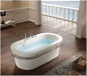 Freistehende Badewanne Günstig Kaufen : badewanne freistehend preiswert hauptdesign ~ Bigdaddyawards.com Haus und Dekorationen
