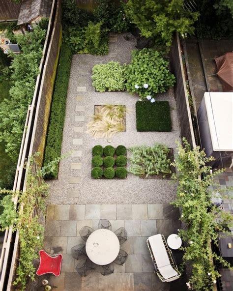 low cost luxe 9 pea gravel patio ideas to gardenista