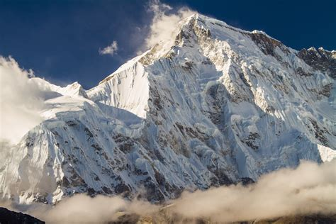 Cho Oyu, Front And Center