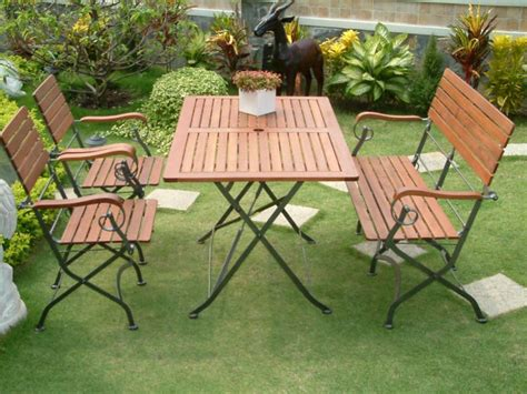 wood and metal garden furniture trellischicago