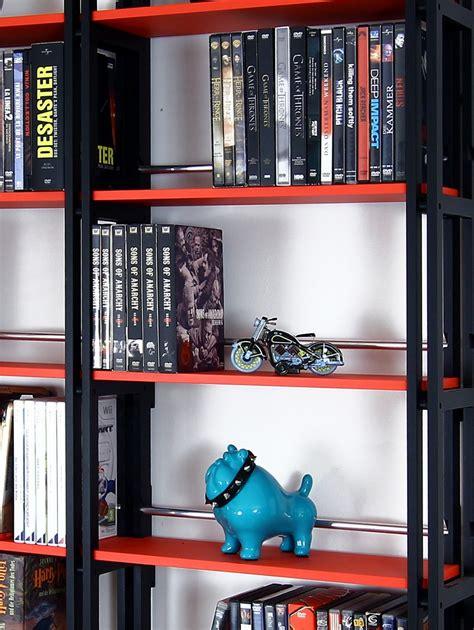 dvd regal schwarz dvd regal in schwarz auch f 252 r taschenb 252 cher eine tolle aufbewahrung