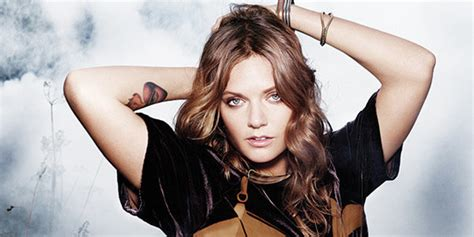 Review Tove Lo Bares All In London  Tmblog