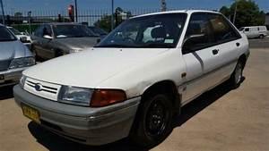 1990 Ford Laser