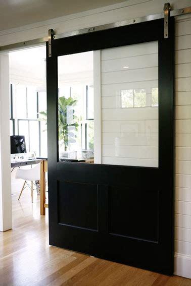 fabriquer porte coulissante suspendue fabriquer une porte coulissante en bois avec vitre
