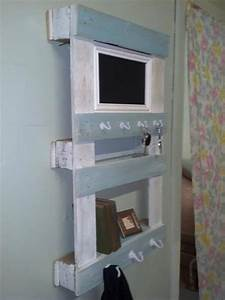 DIY Shabby Chic Pallet Shelf Pallet Furniture DIY