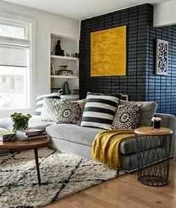 1001 variantes de salon gris et jaune pour vous inspirer for Tapis jaune avec canapé maroc