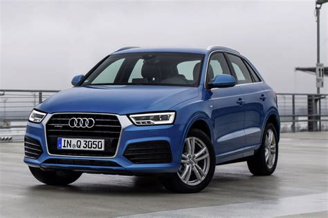 Whether on a holiday trip or for everyday driving, it offers plenty of space and its practical details ensure rich variety. Foto - Audi Q3 edizione 2015: prezzi da 31.900 euro