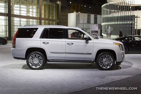 Best Large Suv by U S News World Report Proclaims 2017 Cadillac Escalade