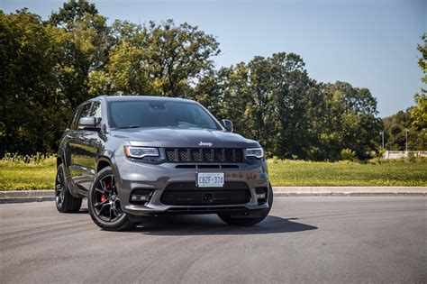 jeep grand cherokee srt engine review 2017 jeep grand cherokee srt canadian auto review